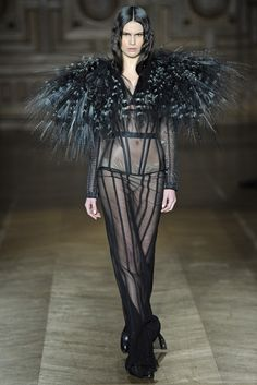 Serkan Cura Spring Couture 2013 - Slideshow - Runway, Fashion Week, Reviews and Slideshows - WWD.com