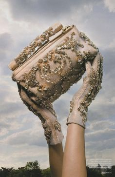 #Oh WOW! Clutch and Gloves  Purses #2dayslook #Purses #anoukblokker #kelly751  www.2dayslook.com