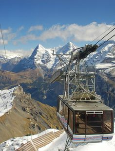 #Schilthorn_Cable_Car in #Bern - #Switzerland http://en.directrooms.com/hotels/subregion/2-6-29/
