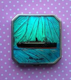 Vintage art deco butterfly wing powder compact