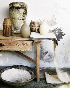 (via neutrals are special - mostly art / rustic-chic-wall-table-vases-accessories-eclectic-decorating-items-ideas.jpg 60)