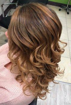 Coffee Balayage Curly Hair Hair Trends 2018, Winter Hairstyles, Your Hair, Curly Hair Styles, Hair Color, Autumn, Coffee, Beauty, Kaffee