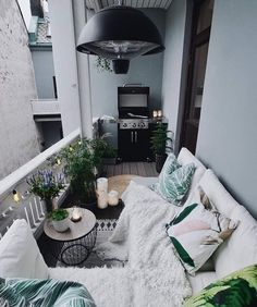Small Balcony Design, Small Balcony Garden, Small Balcony Decor, Outdoor Balcony, Balcony Ideas, Small Balconies, Small Terrace, Modern Balcony, Porch Ideas