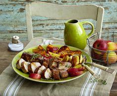 Unser beliebtes Rezept für Schweinefilet auf Kürbis-Apfel-Gemüse und mehr als 55.000 weitere kostenlose Rezepte auf LECKER.de.