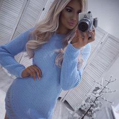 """272 kedvelés, 1 hozzászólás – OMGFashion.com (@omgfashiononline) Instagram-hozzászólása: """"@kellycook_x wearing our """"Blue Knitted Distressed Dress"""" 🔥🔥 - www.omgfashion.com"""""""