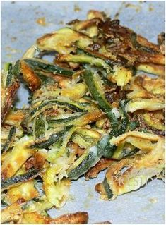 Zucchine al forno LIGHT croccantissime e buonissime! Cooking For Two, Easy Cooking, Healthy Cooking, Cooking Recipes, Vegetable Recipes, Vegetarian Recipes, Healthy Recipes, Italian Dishes, Italian Recipes
