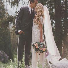 Here again is our beautiful bride Chelsey in @jennypackham.  Photo by @chantelmarie.  #altamodabride #jennypackham #utahbrides #modestweddingdress