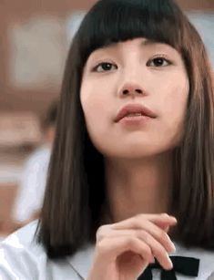 Aesthetic People, Aesthetic Gif, Bad Girl Aesthetic, Prity Girl, Pretty Asian Girl, Handsome Anime Guys, Body Poses, Drawing Reference Poses, Cute Icons