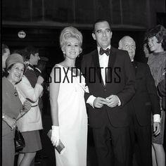 "XX20 219 1960's ""Green Acres'"" Actress Eva Gabor 2 1 4"" Orig NEG | eBay Eva Gabor, Acre, Love Her, 1960s, Actresses, Green, People, Ebay, Fashion"