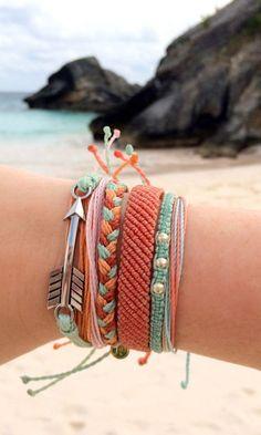 Shore Break Style Pack from Pura Vida Bracelets. Every bracelet purchased helps provide full-time jobs for local artisans in Costa Rica. Pura Vida!