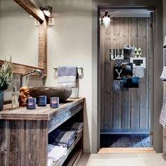 Ny katalog ute nå! www.drivved.no/prislistekatalog #drivvedland #drivved #mylla #gjenbruksmaterialer #closefit #bad Entryway, Photo And Video, Mirror, Bathroom, Instagram, Home Decor, Entrance, Washroom, Decoration Home