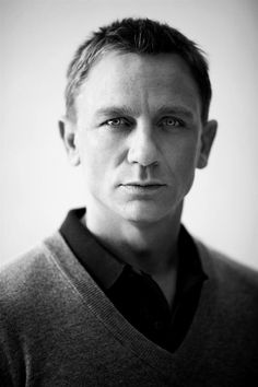 Daniel Craig - Extreme shallow depth of field (final have a reson to put Daniel craig in lesson work)