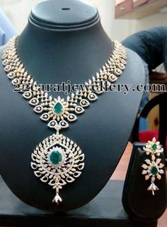 Jewellery Designs: Diamond Emerald Set with Emerald Drops