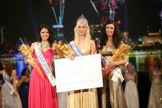 Urška Bračko Crowned Miss Universe Slovenia 2014 - Beauty Pageant News Miss Universe 2014, Beauty Pageant, Slovenia, Crown, News, Corona, Pageants, Crowns, Crown Royal Bags