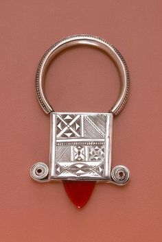 Africa | Tuareg pendant; silver, glass and wax | ca. early to mid 1900s
