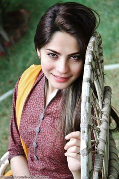 Let all my smile be yours All your tears be mine, Let all my happiness be yours All your sadness be mine, Let the whole world be yours, Only you be mine #Neelammuneer Like : www.unomatch.com/neelammuneer #Pakistani #Actress #Fashion #Model #Photography #Happynewyear #unomatchnewyear #unomatch