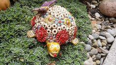 Hier ein Beispiel meiner handgetöpferten Keramiken! In meinem ständig aktualisierten Onlineshop findest du alle derzeit verfügbaren von mir erstellten Objekte unter : http://selfmadekeramik.dawanda.com/ Reine Handarbeit, Keine Massenware, Nicht Gegossen, Von Hand modelliert!