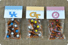 Treat Bag Tags Free Printable Includes University of Louisville! Uk Parties, Grad Parties, Mouse Parties, Football Treats, Football Decor, Football Cheer, Free Football, Volleyball Team, Alabama Football