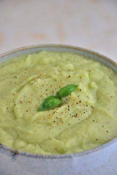 Fresh Basil, Pear & Cauliflower Soup {Gluten-Free, Dairy-Free, Soy-Free, Sugar-Free}