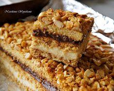 Ciasto Snickers , czyli znikające w 10 minut. Krispie Treats, Rice Krispies, Baking Tips, Tiramisu, Banana Bread, Ethnic Recipes, Desserts, Food, Tailgate Desserts