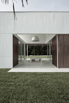 In/Out :  LYP House by Estudio BaBo