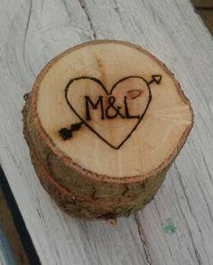 Rustic engraved ringbox #myeienessie #laserengraving #ringbox #rustic #wedding