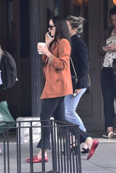 Dakota out and about with Addison Timnlin, Chase Cohl and Matthew Hit in New York City (September 29,2017) via @DakotaFanclub Twitter