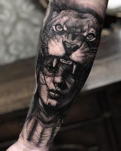 Os mestres do Preto e Cinza – Tattoo2me Magazine Wolf Tattoos, Native Tattoos, Forarm Tattoos, Black Tattoos, Body Art Tattoos, Sketch Tattoo Design, Forearm Tattoo Design, Tattoo Sleeve Designs, Sleeve Tattoos