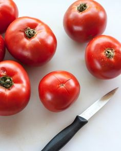 How To Make Basic Tomato Sauce with Fresh Tomatoes