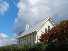 Church on the hill in Church Street, Mitchelton Brisbane, Cabin, Street, House Styles, Places, Pretty, Home Decor, Lugares, Cabins