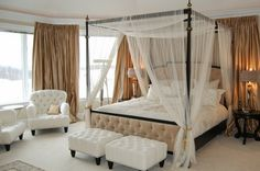 Design Romantic Bedroom With Four Poster Bed | Decoration Ideas
