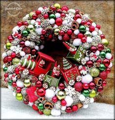 Winter Christmas, Christmas Time, Christmas Wreaths, Christmas Crafts, Christmas Decorations, Xmas, Holiday Decor, Front Garden Entrance, Ornament Wreath