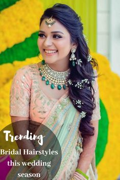 Trending Indian Bridal Hairstyles for this Wedding Season! Be the showstopper at your wedding with the most trending bridal hairstyles of These hairstyles are easy, latest and suitable for brides with longa and short hair. Bridal Hairstyle Indian Wedding, Bridal Hairdo, Beach Wedding Hair, Indian Bridal Makeup, Wedding Hairstyles For Long Hair, Open Hairstyles, Bride Hairstyles, Hairdos, Flower Hairstyles