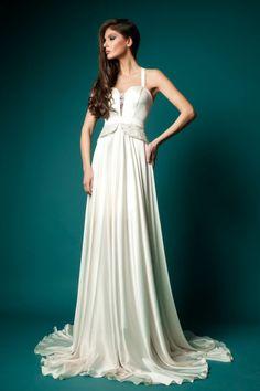 pretty gowns - Google Search