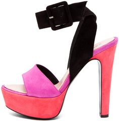 Black and pink, so hot!