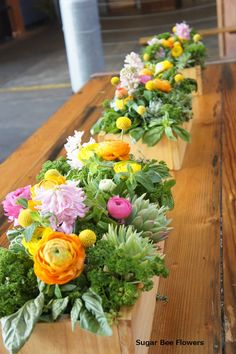 """Sugar Bee Flowers: Preview """"Brewery wedding - white and pop colours """""""