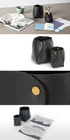 Idée de cadeau de Noël chic, luxe et pas cher : des pots de rangement en cuir noir véritable naturel et rivets en laiton Desk Set, Leather Projects, Chic, Bons Plans, Pots, Couture, Craft, Design, Luxury Gifts