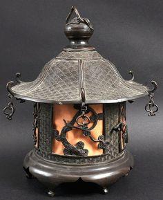 A century Japanese hanging lantern. Stone Lantern, Lantern Lamp, Candle Lamp, Candle Lanterns, Japanese Design, Japanese Art, Japanese Shrine, Style Asiatique, Art Chinois