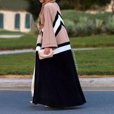 Chevron & a Stripe Hijab Fashionista, Abaya Style, Abaya Fashion, Muslim Fashion, Modest Wear, Modest Outfits, Modern Abaya, Mode Kimono, Stylish Hijab
