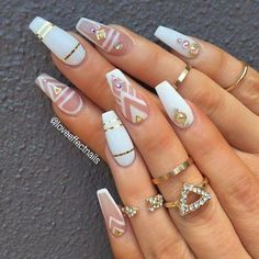 Nail Art Ideas to spice up your manicure - Esther Adeniyi Aycrlic Nails, Glam Nails, Classy Nails, Bling Nails, Stylish Nails, Glitter Nails, Coffin Nails, Bling Nail Art, Simple Nails