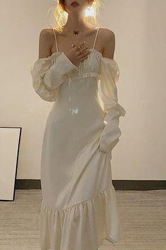 Teen Fashion Outfits, Mode Outfits, Fashion Dresses, Pretty Outfits, Pretty Dresses, Beautiful Dresses, Elegant Dresses, Ball Dresses, Ball Gowns