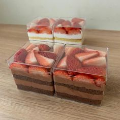 Cute Desserts, Delicious Desserts, Dessert Recipes, Yummy Food, Dessert Packaging, Bakery Packaging, Dessert Boxes, Cake Business, Cafe Food