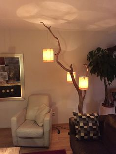 Floorlamp made of weathered old oak branch. от GBHNatureArt