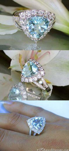 Terrific: Aquamarine Diamond Engagement Ring, 3,92 ct. WG-14K - Visit: schmucktraeume.com Like: https://www.facebook.com/pages/Noble-Juwelen/150871984924926 Mail: info@schmucktraeume.com