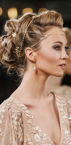 Cool way to use pearls and strings of jewels ༺ Beautiful ~ Inside and Out ༻