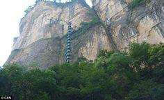 Escada para o céu - montanhas Taihang, em Linzhou - China