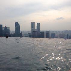 Rooftop #infinitypool at Marina Bay Sands #Singapore