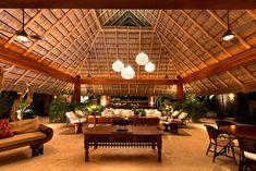 The 'SJAI House' Mexican vacation villa Bamboo Architecture, Tropical Architecture, Luxury Home Decor, Luxury Homes, Hut House, Mexican Home Decor, Belle Villa, Resort Villa, Tropical Style