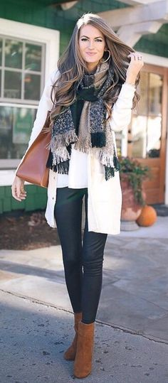 Printed Scarf // White Cardigan // Black Skinny Jeans // Camel Booties // White Top