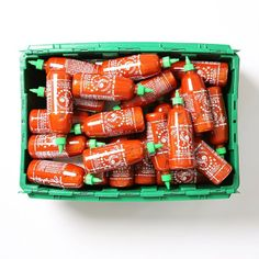 We know you've all been wondering just how many bottles of #Sriracha fit in a MakeSpace bin! (The answer's 63.)